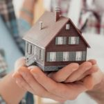 Как совершается дарение недвижимости не родственнику